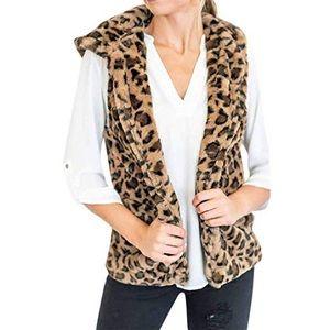 Forever 21 // Faux Fur Leopard Print Vest